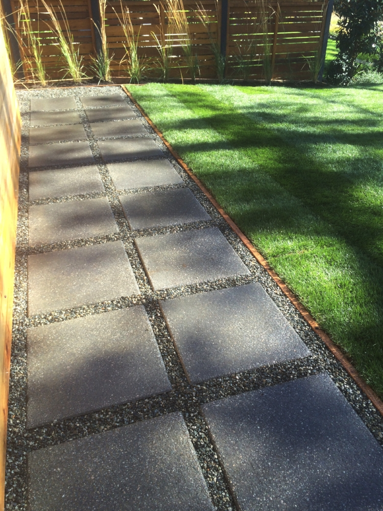 stepping stones and turf - landscapers nanaimo