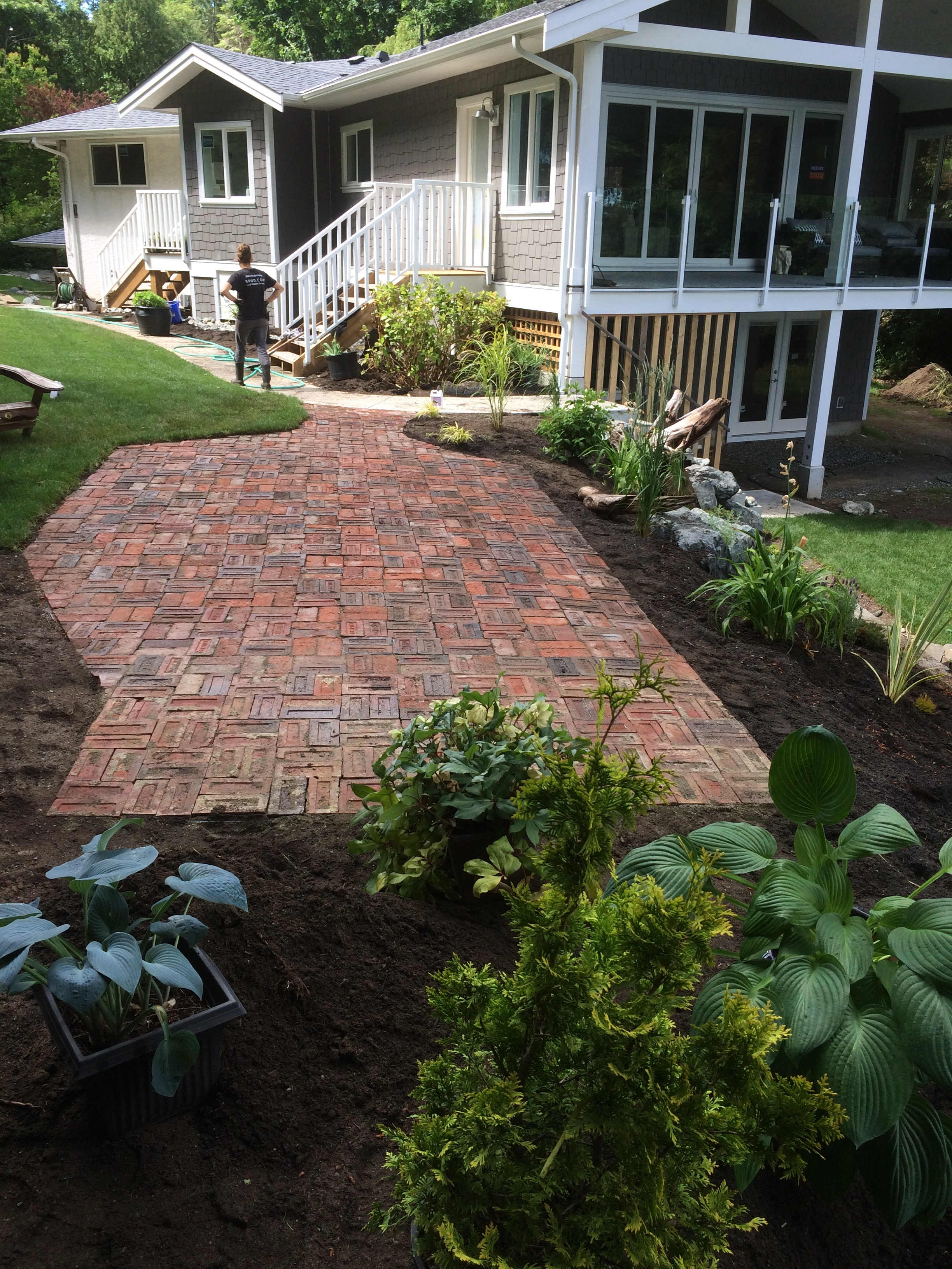 old brick patio - cedar by the sea - jinglepot landscaping