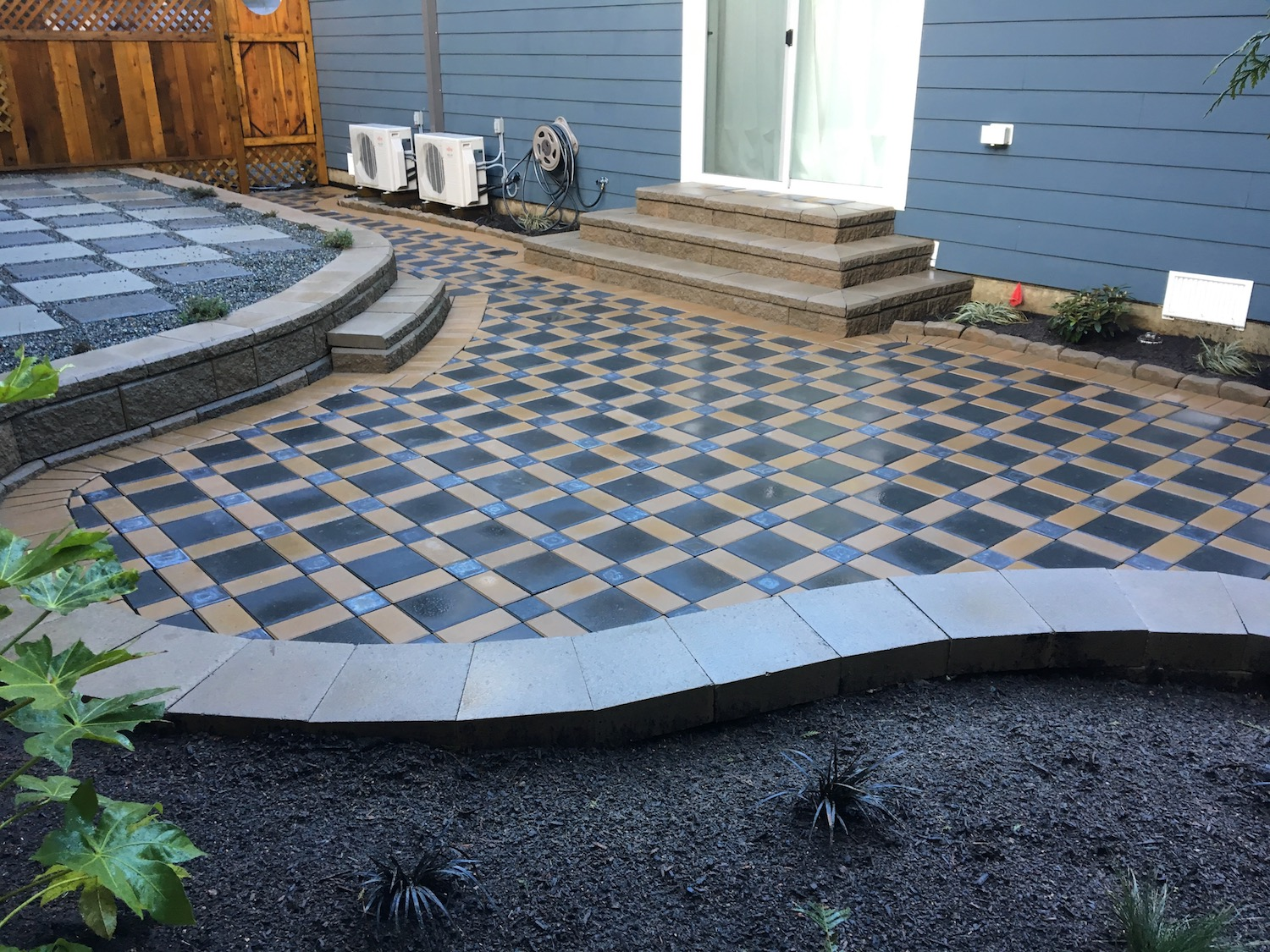 curved retaining wall and stairs, patio - landscaping nanaimo