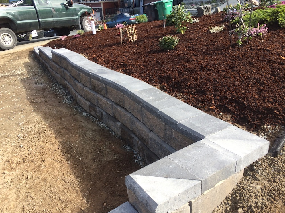 curved allan block wall and gardens - north nanaimo landscaping