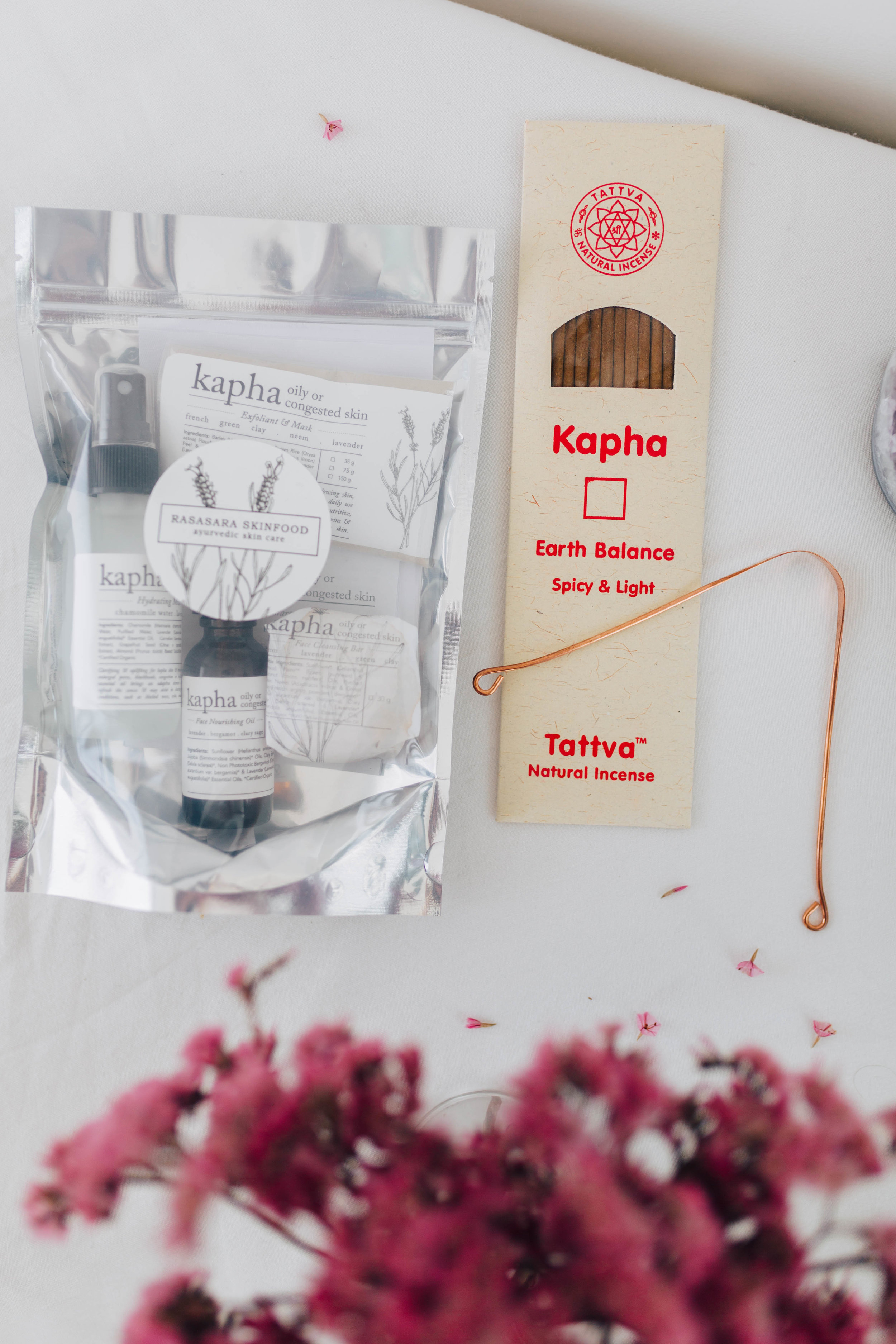 --- $100 gift ---- + Rasasara 'Kapha' starter kit with face cleanser, hydrating mist, moisturising oil, and exfoliator - for one who's skin in young, oily or congested (great for teenagers!) + Kapha incense + Copper Tongue Scraper
