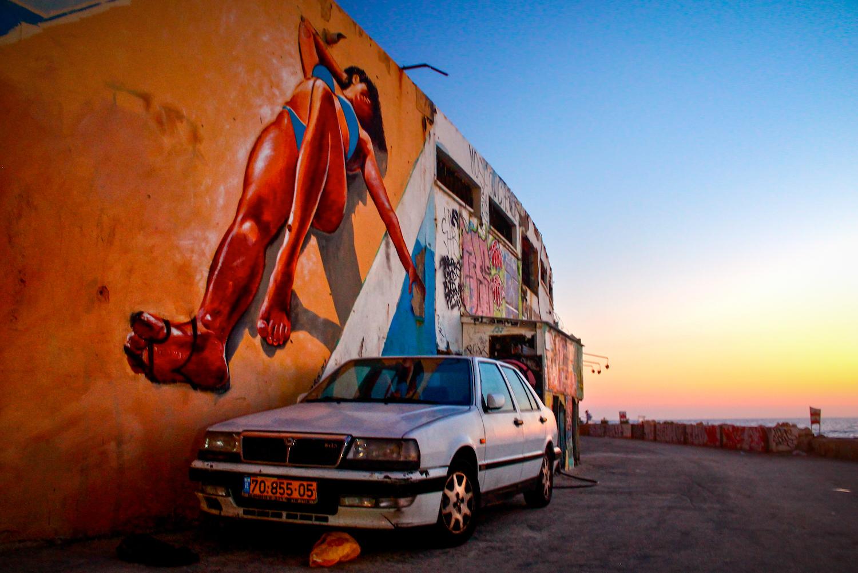 2014_Israel_Tel Aviv_Graffiti and Car.jpg