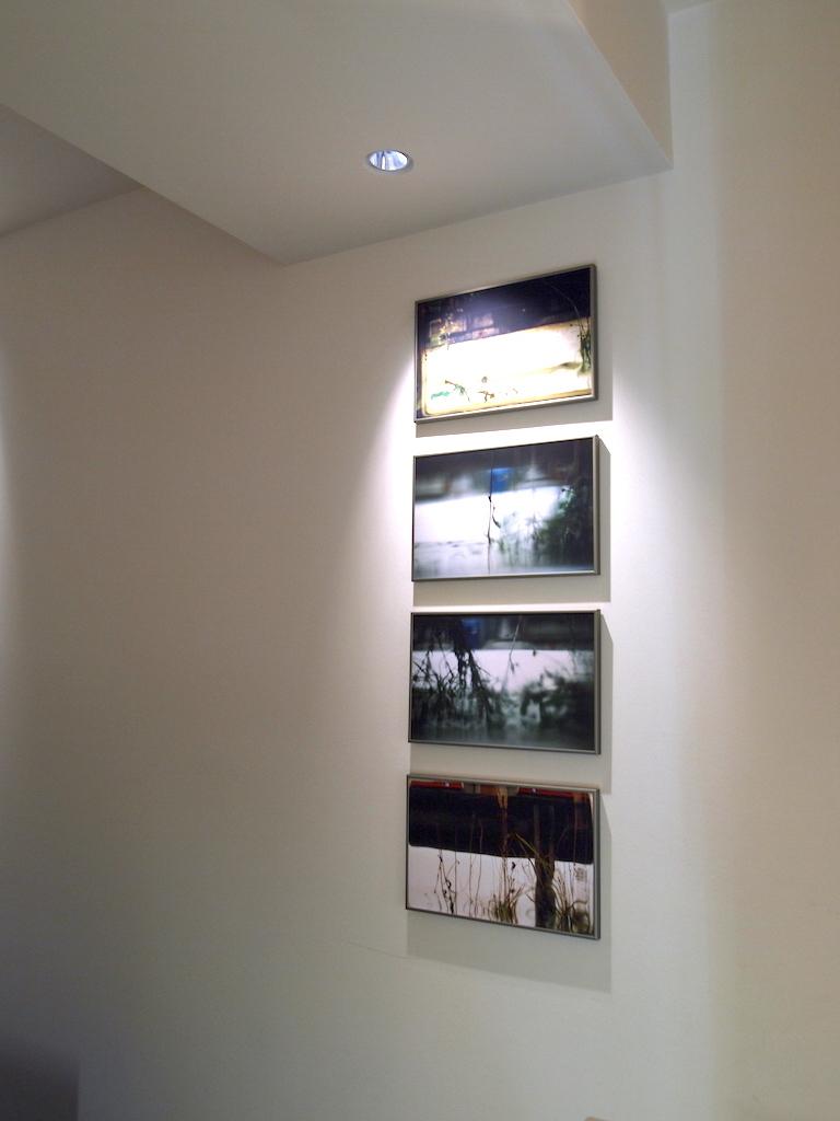 1-Tout simple ss accoudoirs-Pascale Lafay,objets photographiques-2009:10-Switzerland-0.JPG