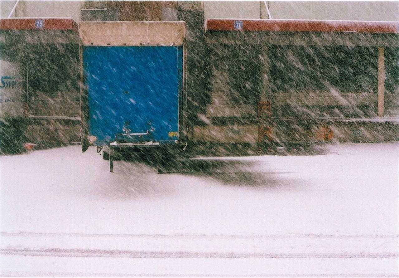 camion-2-cul-bleu-neige.jpg