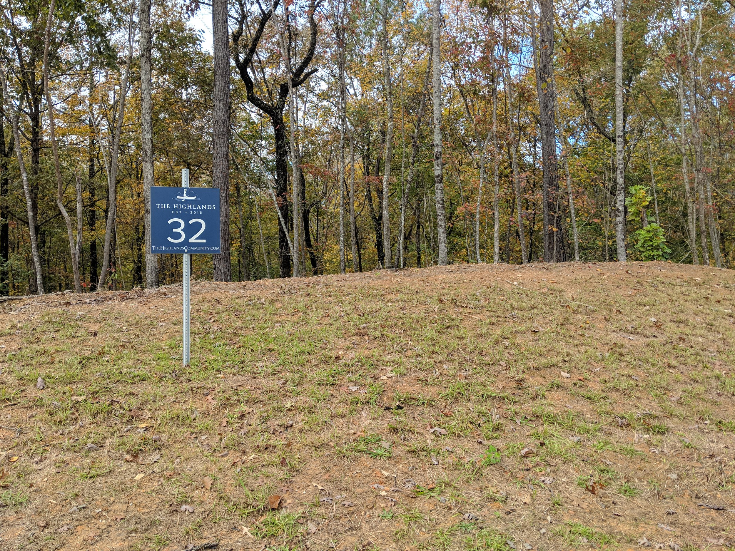 Homesite #32   List Price: $105,000  Size: 1.14 acres  Section: Chelsea  Street: Timberview Trail