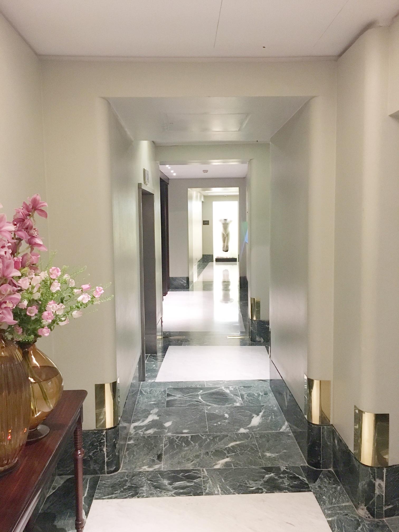 DORCHESTER HOTEL -