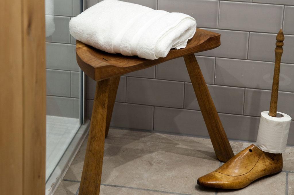 HenFelin-bathrooms2.jpg