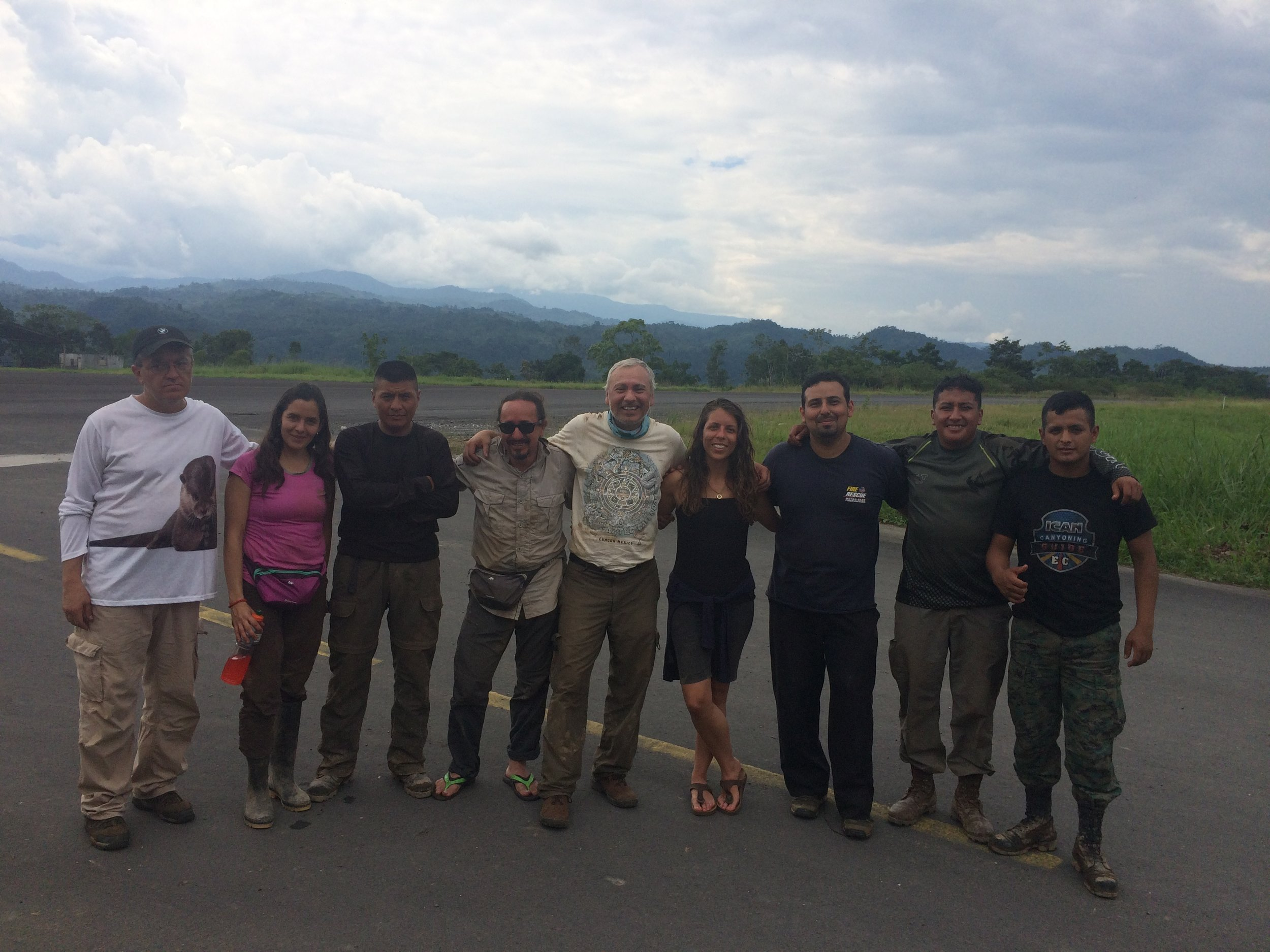 Eileen Hall with the Ecuadorean team for 2017 Expedition
