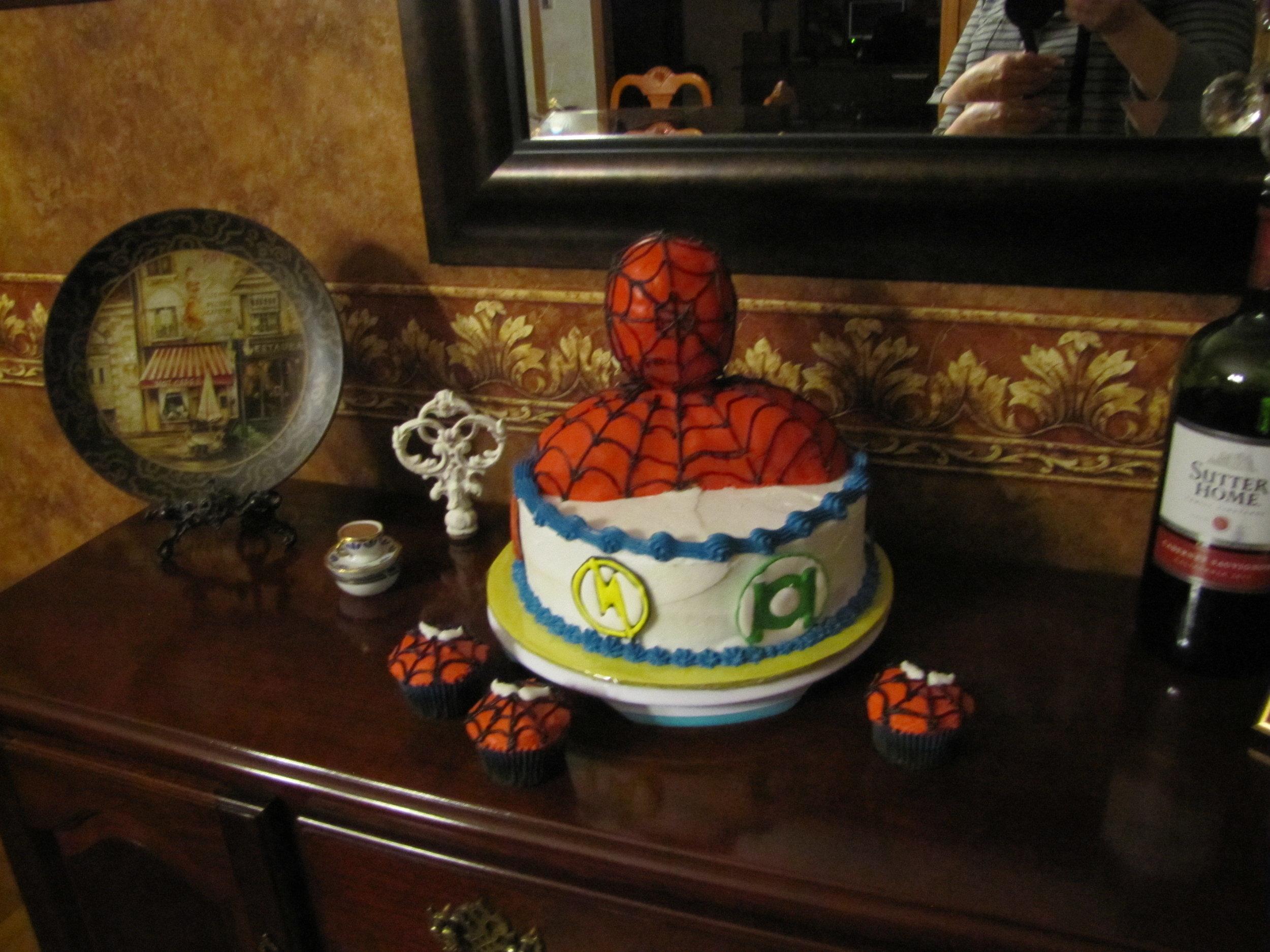 super hero 3 cake.JPG