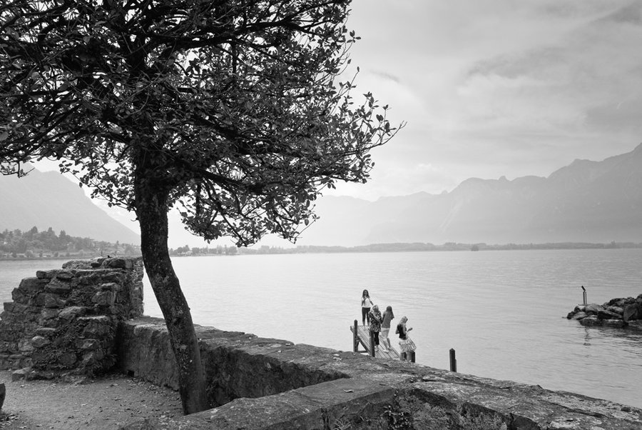 montreux_jetty_by_photodan88.jpg