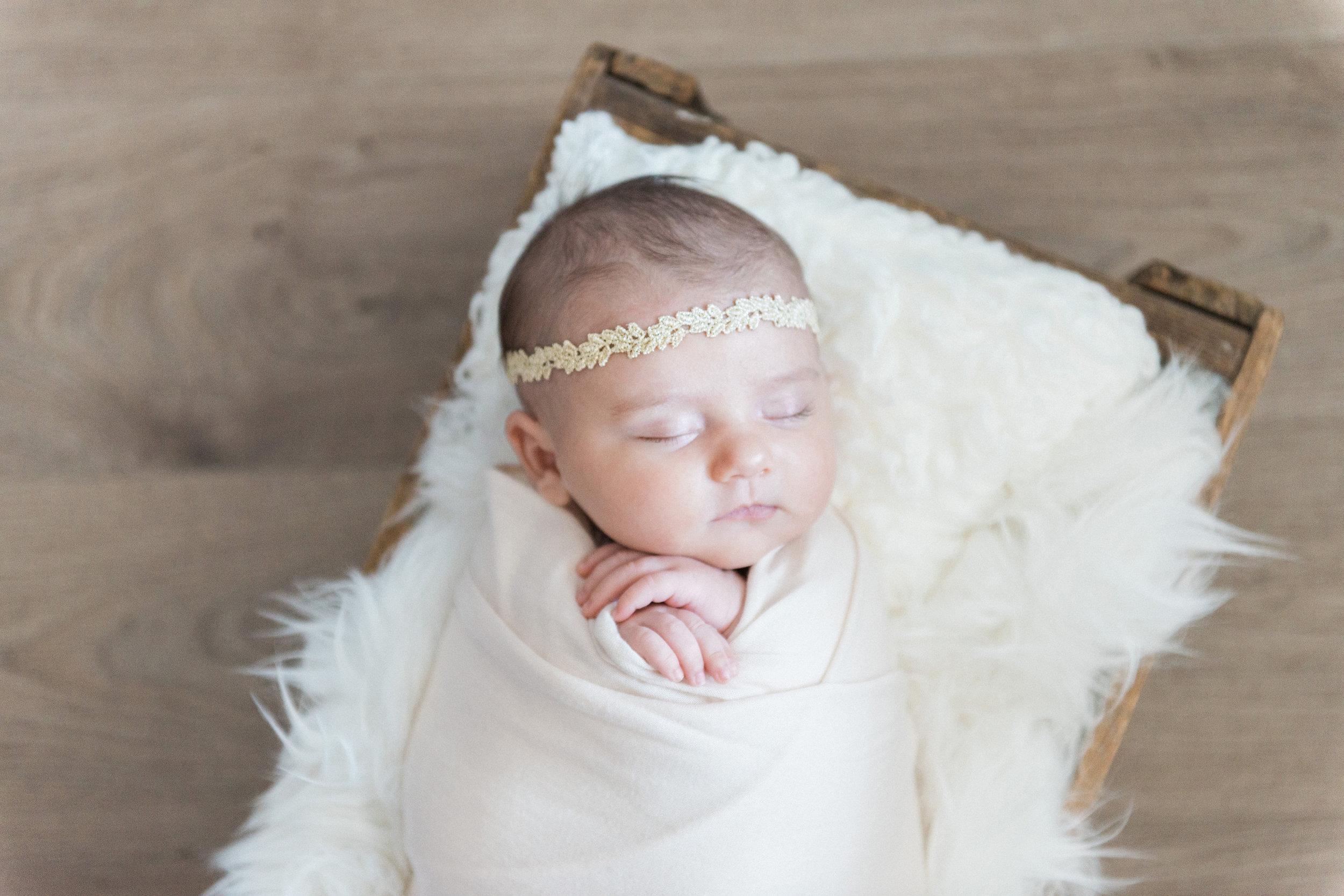Evelyn_newborn-34.jpg