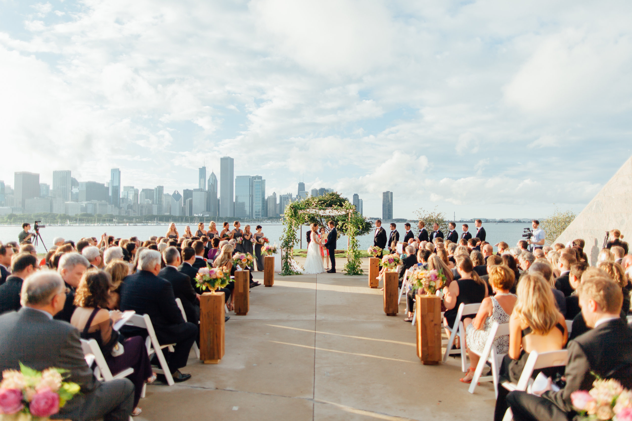 ceremony, chuppah, jewish wedding, bride and groom, adler planetarium, wrap it up parties