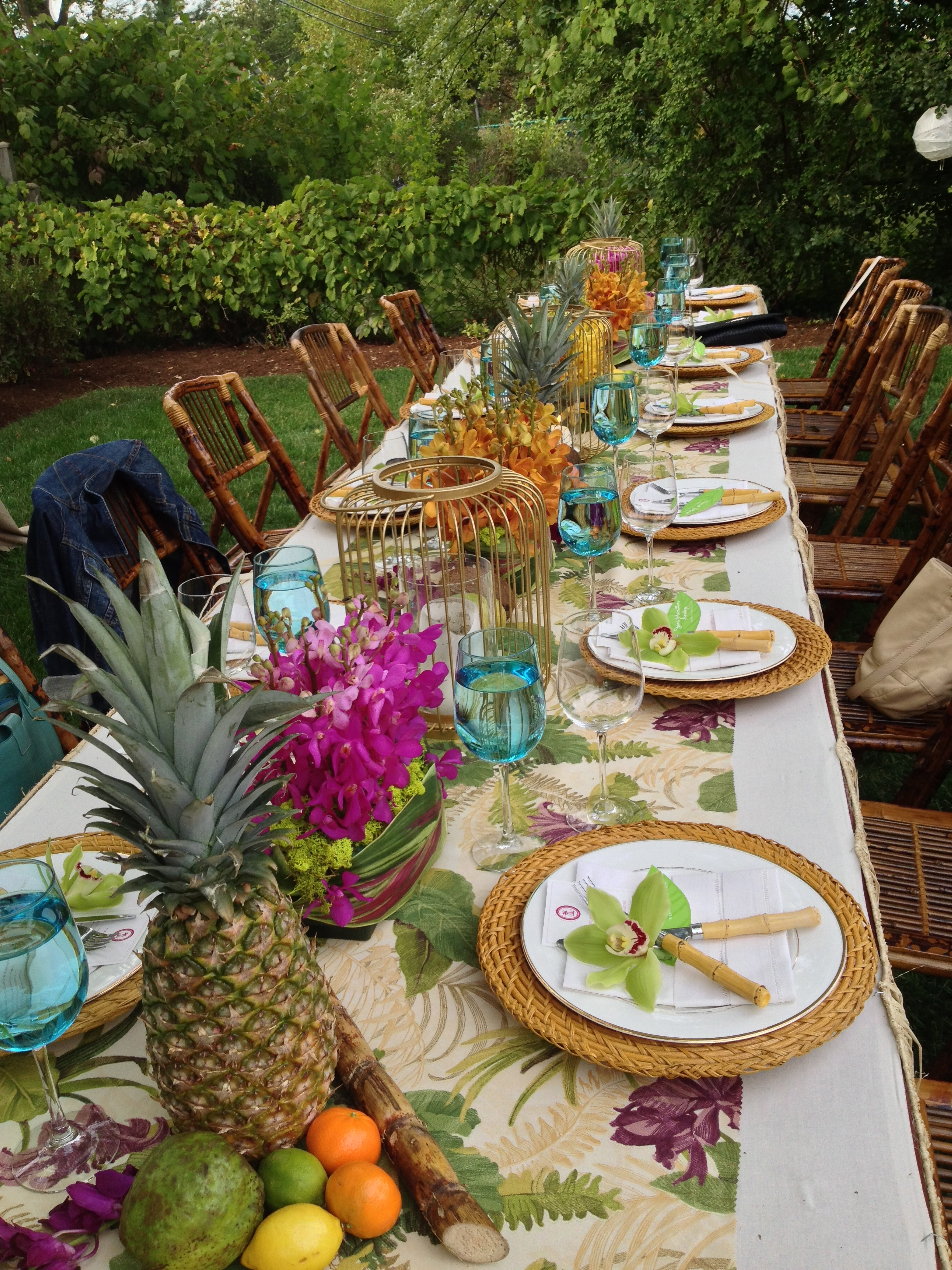 aloha baby, tropical baby shower, tropical baby shower tablescape, Wrap It Up Parties
