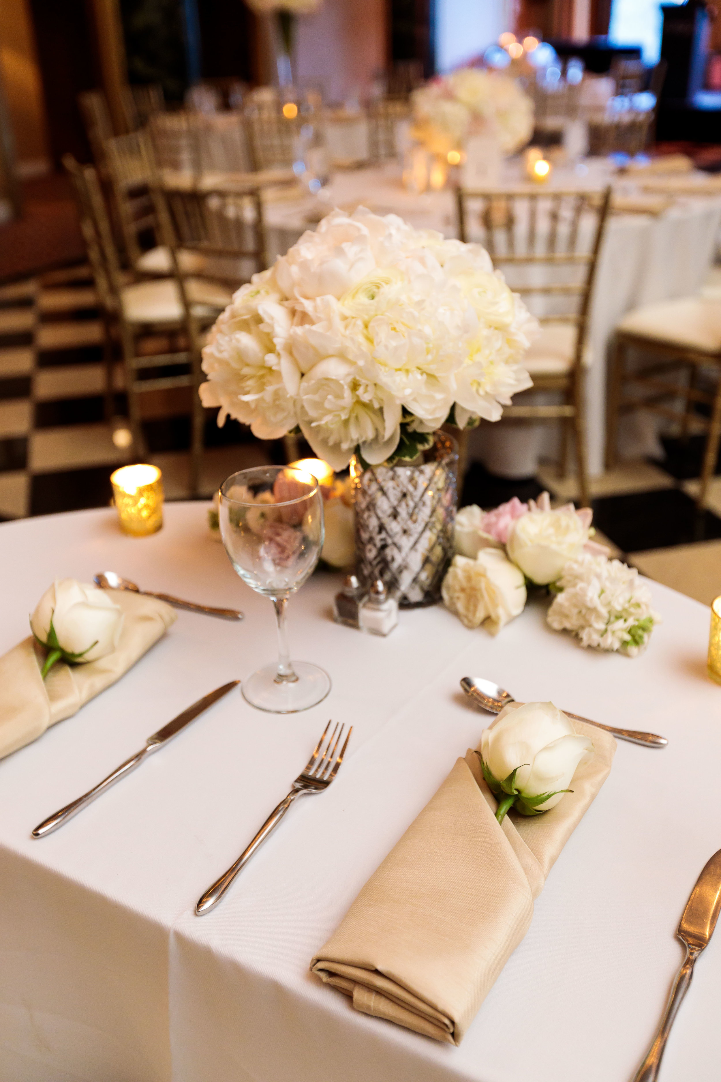 White Centerpiece  Gold Table Decor  School of the Art Institute  Planning by Wrap It Up Parties