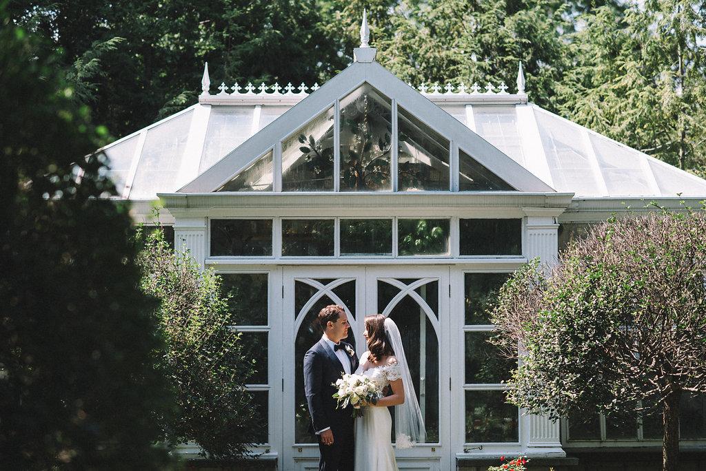 0155--Katelyn_+_Brendan-Wedding_Highlights-Shot_by_Couple_of_Dudes-Joe_Tighe.jpg