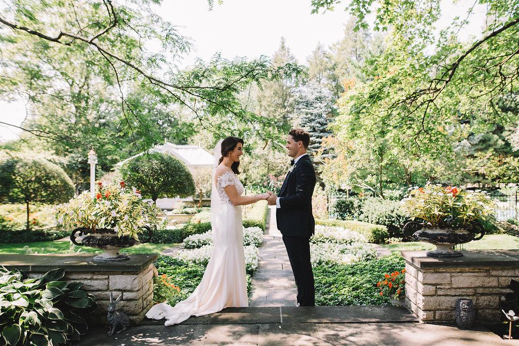 0159--Katelyn_+_Brendan-Wedding_Highlights-Shot_by_Couple_of_Dudes-Joe_Tighe.jpg