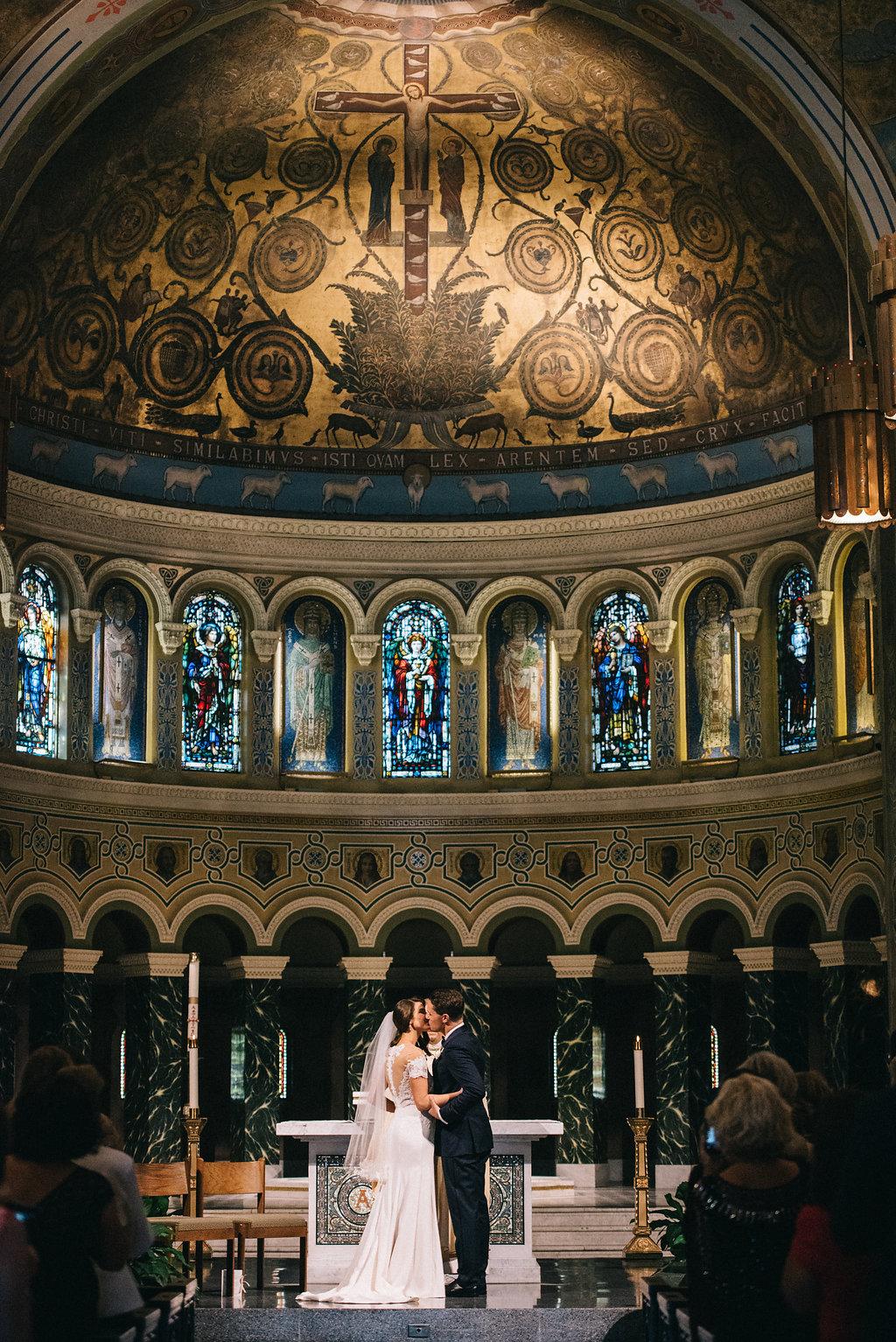 0202--Katelyn_+_Brendan-Wedding_Highlights-Shot_by_Couple_of_Dudes-Joe_Tighe.jpg