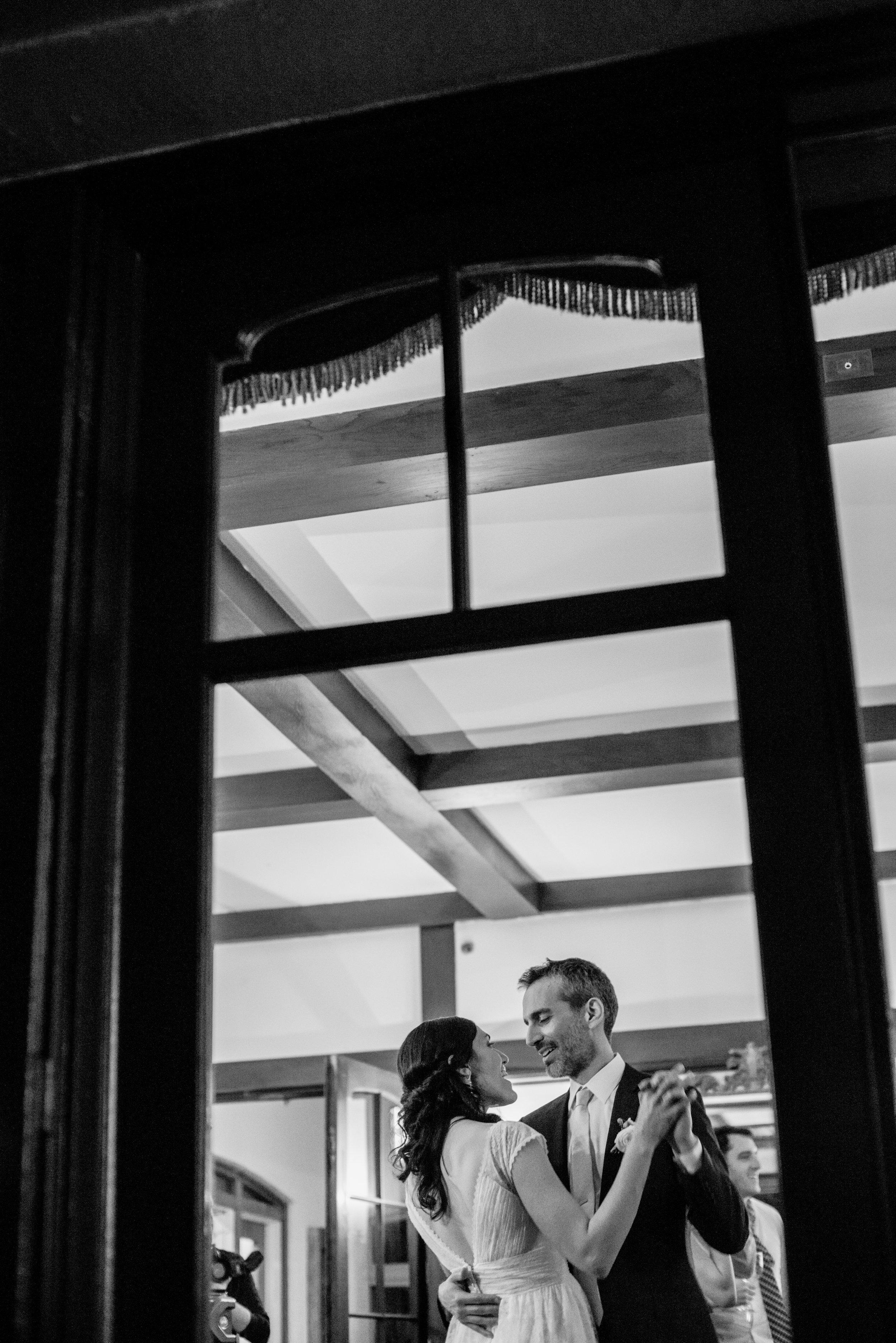 Elizabeth & Andrés Sneak Peek-036.jpg