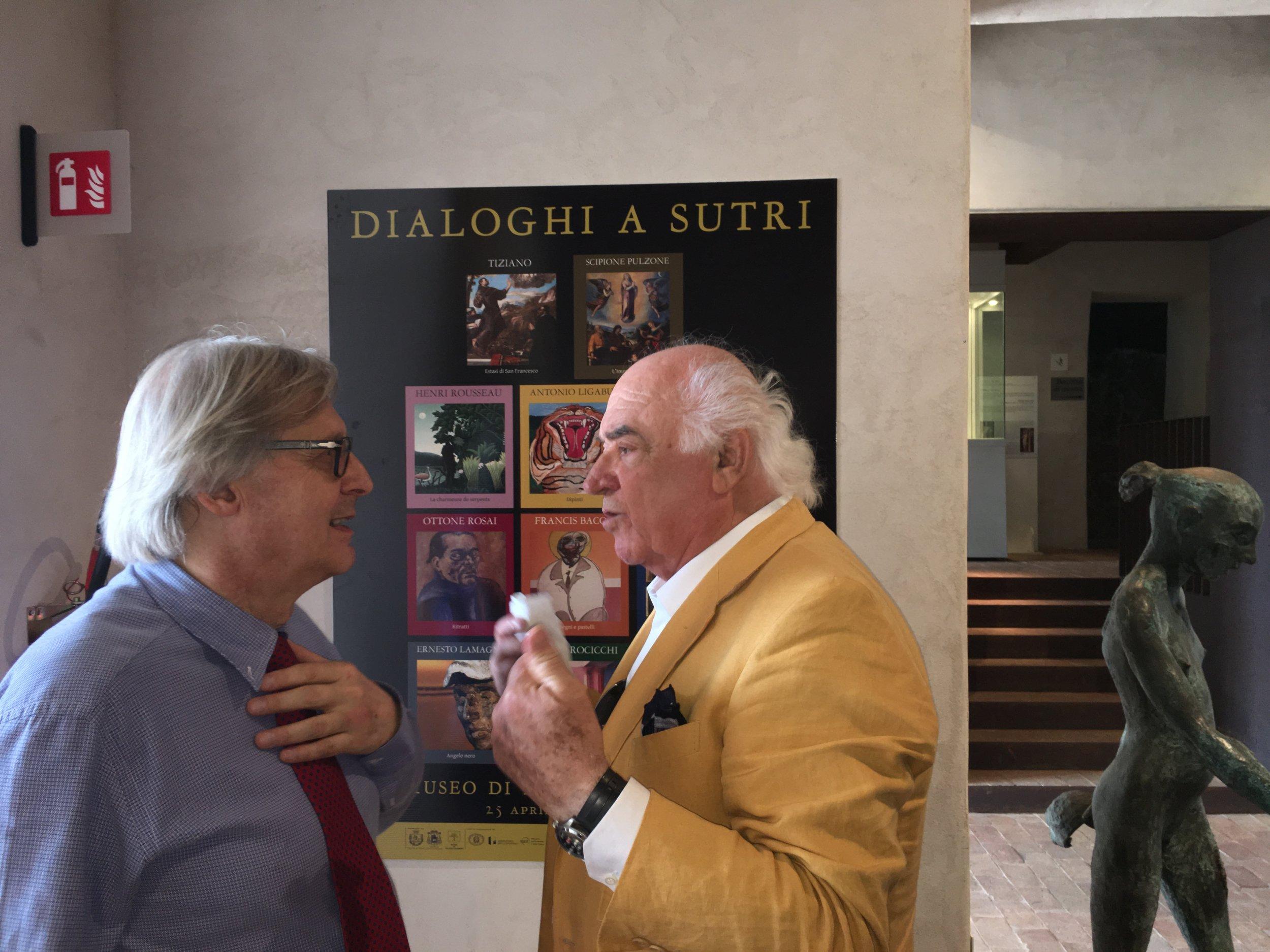 Vittorio Sgarbi e Augusto Agosta Tota all'inaugurazione della mostra