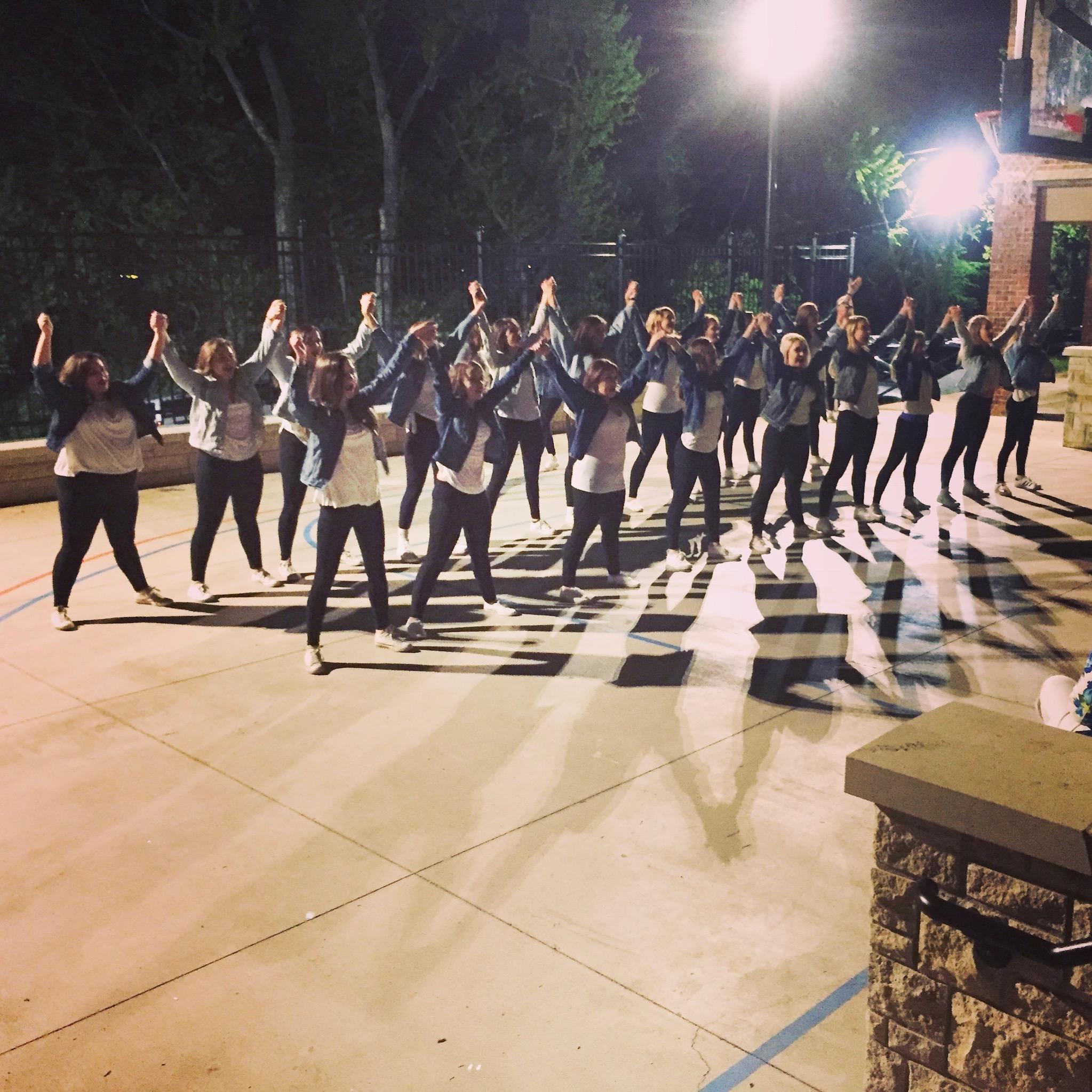 ADPi Rock Chalk Revue Serenades