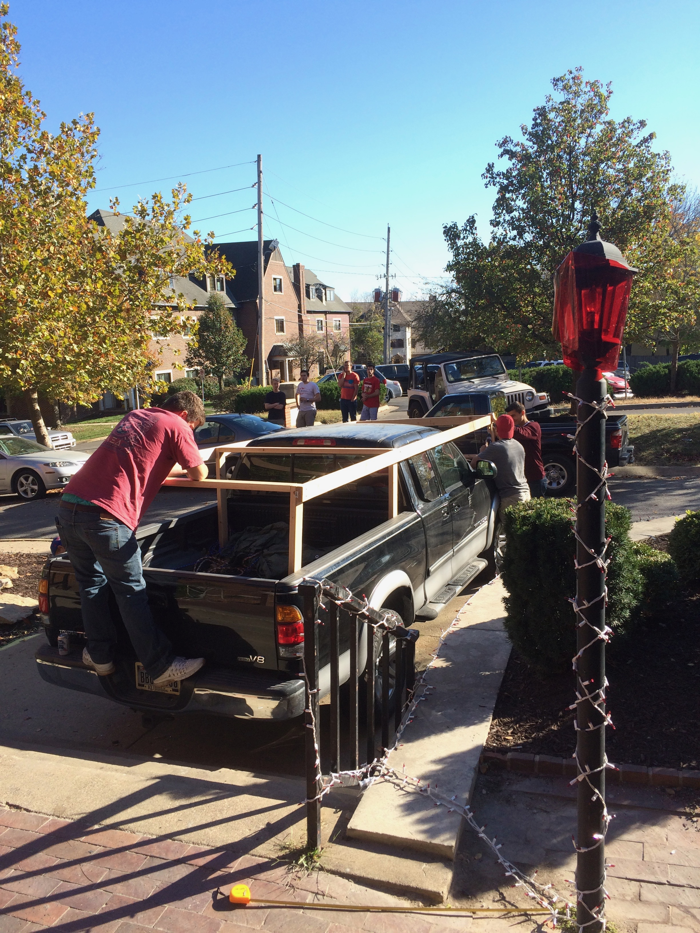 Rigging up the Homecoming Float