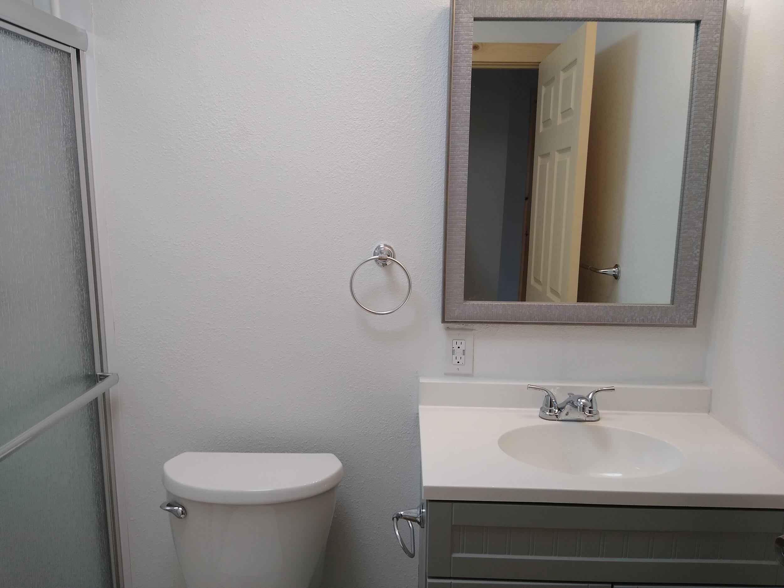 331 mcclaine 1 bedroom (6).jpg