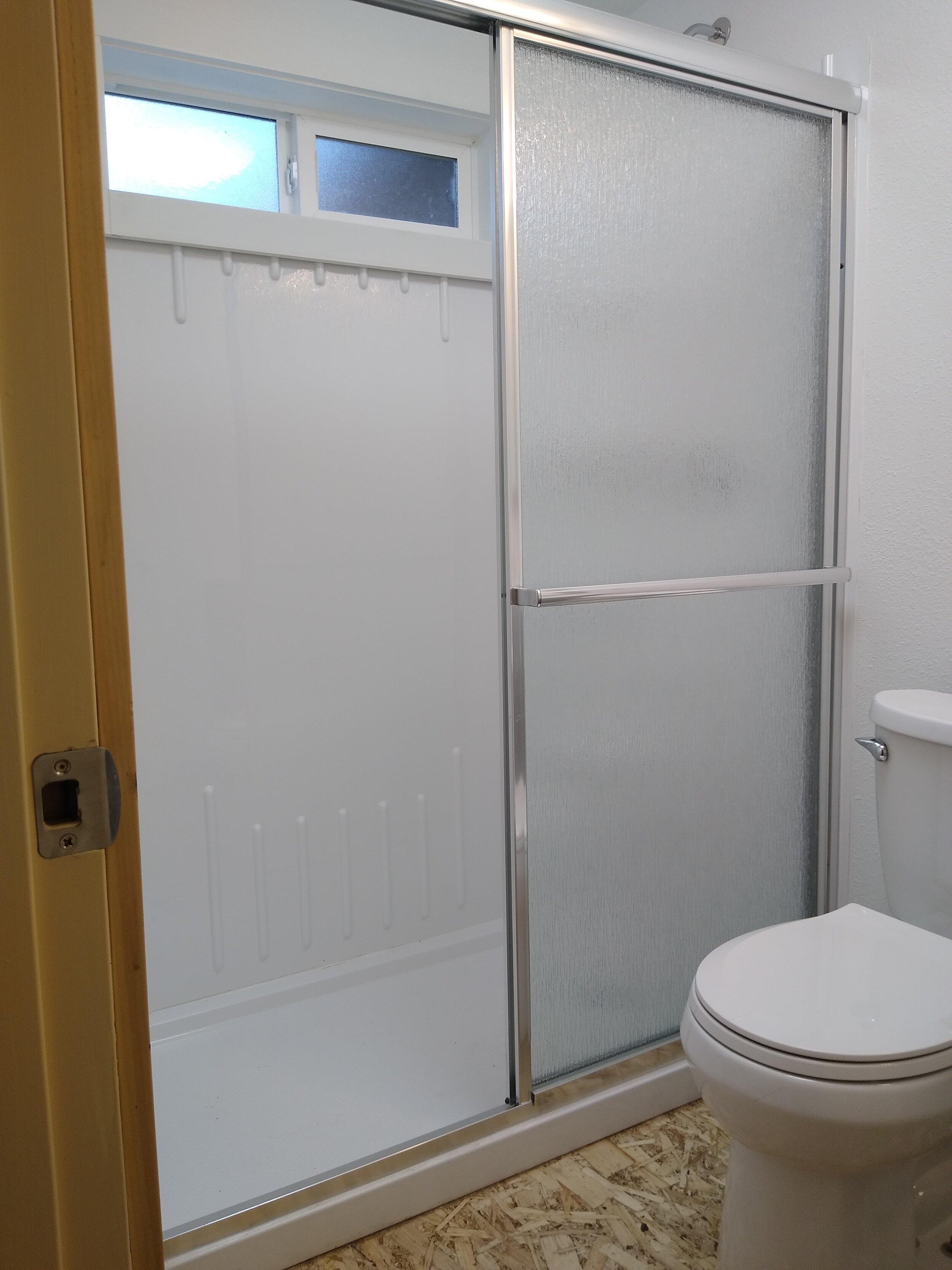 331 mcclaine 1 bedroom (7).jpg