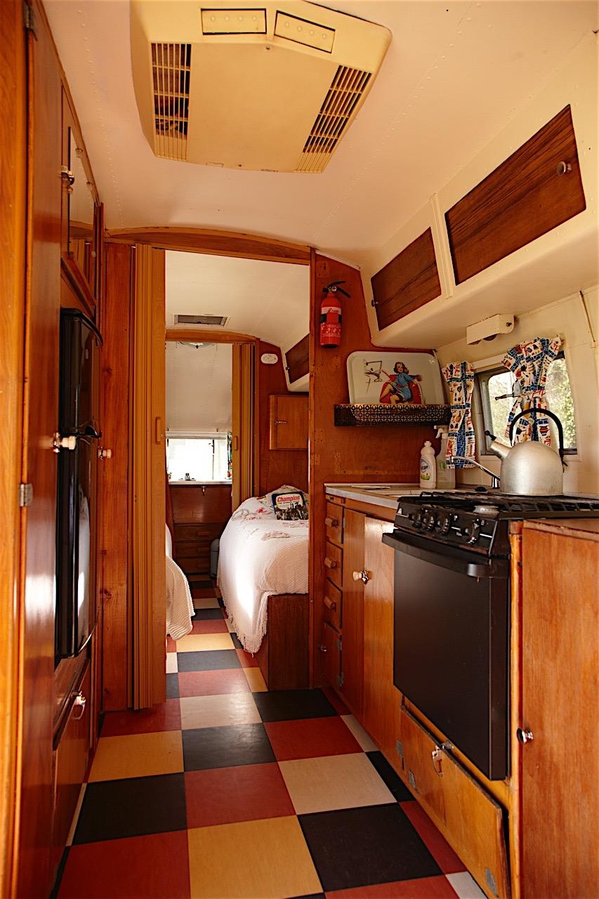 Caravan 8.jpg