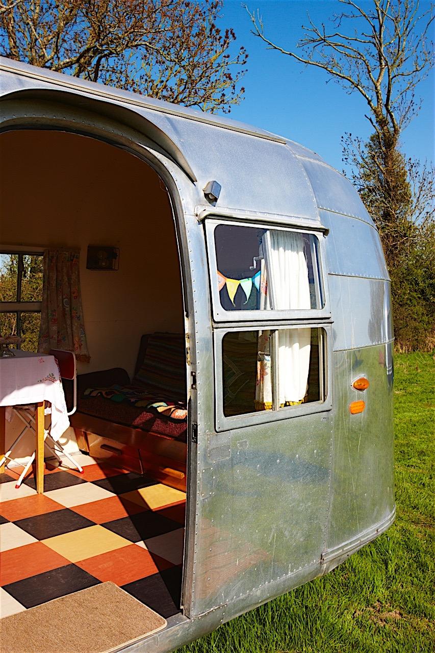 Caravan 32.jpg