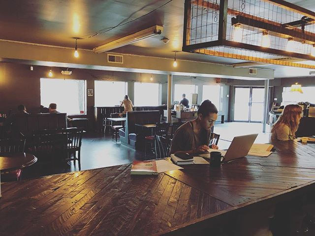 Need more space to work? We've got you covered. . . . . . #coffee #savannah #georgia #scad #armstrong #georgiasouthern #coldbrew #historic #espresso #community #conversation #neighborhood #blessings #positiveenergy #workspace #art