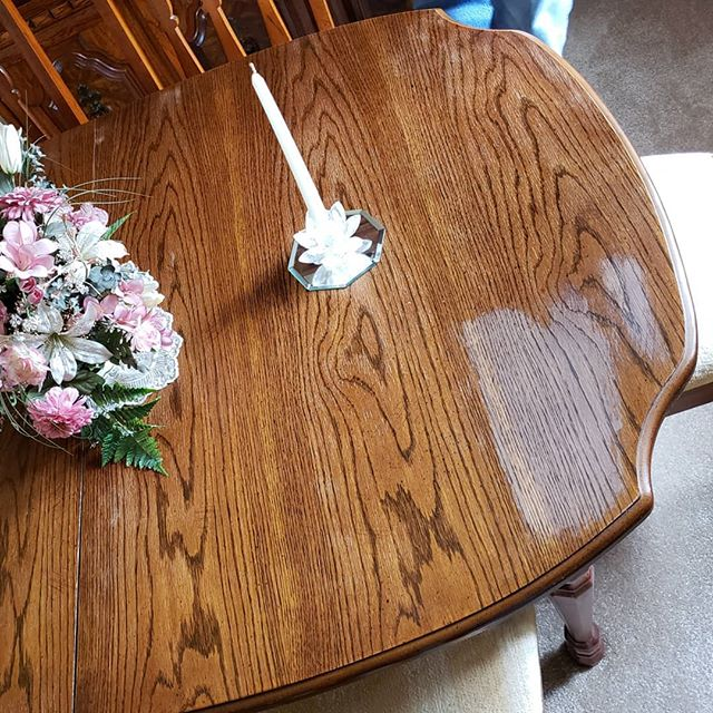 Todays onsite table top restoration. #oldpeg #oldpegfurnitureservices #onsite #onsiterepair #furniturerepair #furniturerestoration #furniturerepairshop #tabletoprepair #woodwork #syracuseny #syracusefurniturerepair #cnybusiness #cnyfuniturerepair #cnywoodworking