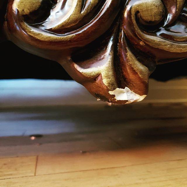 Damage? What damage?  @konkopito @mohawkconsumer #oldpeg #oldpegfurnitureservices #syracusefurniturerepair #syracuseny #syracusesmallbusiness #cnybusiness #iloveny #furniturerepair #furniturerestoration #furniturerepairshop #furnitureservices #furnituretouchup #touchup #onsiterepair #colormatch #finishmatch