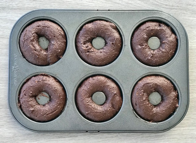 Simple Chocolate Doughnuts