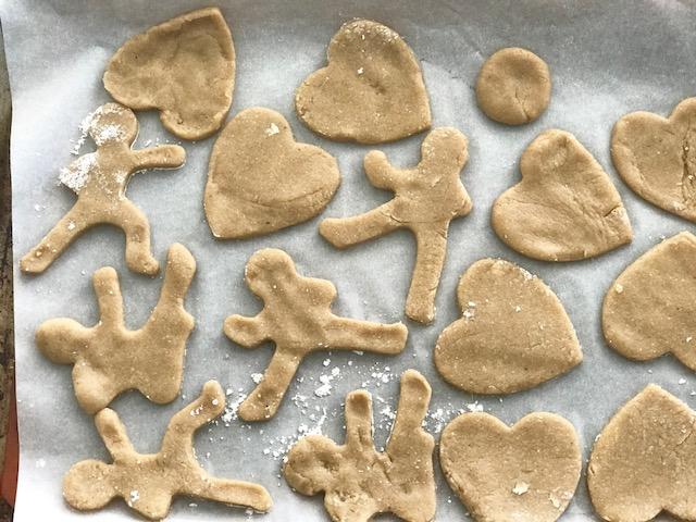Sugar Less Cookies - by Kristine Thomas of Welli - gluten free, vegan, flourless, low sugar