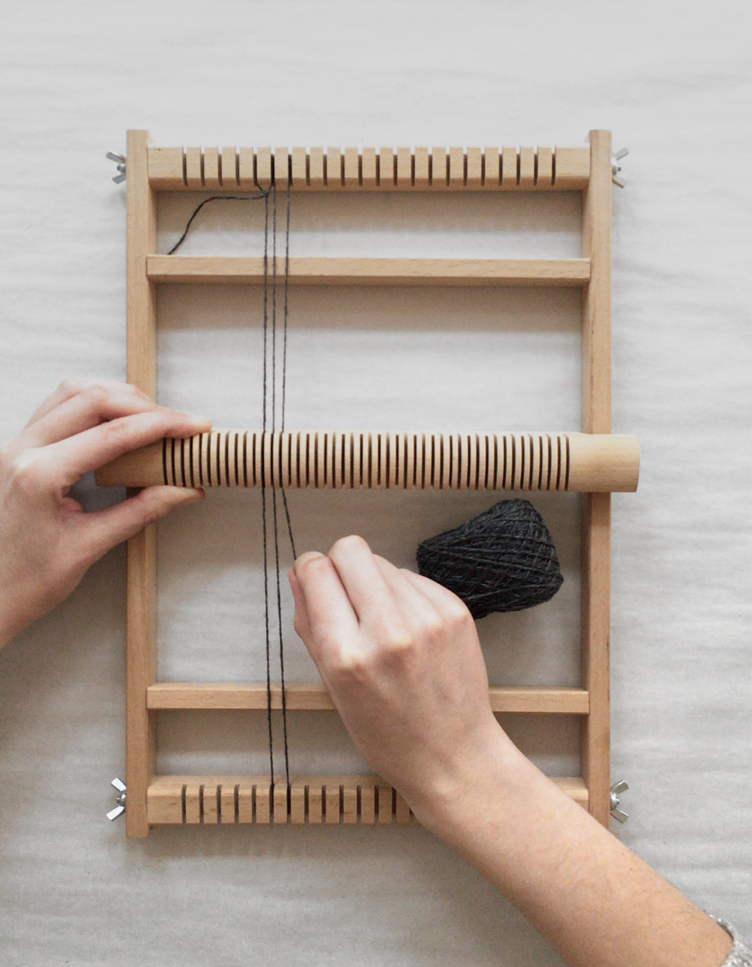How to warp a frame loom with a heddle bar