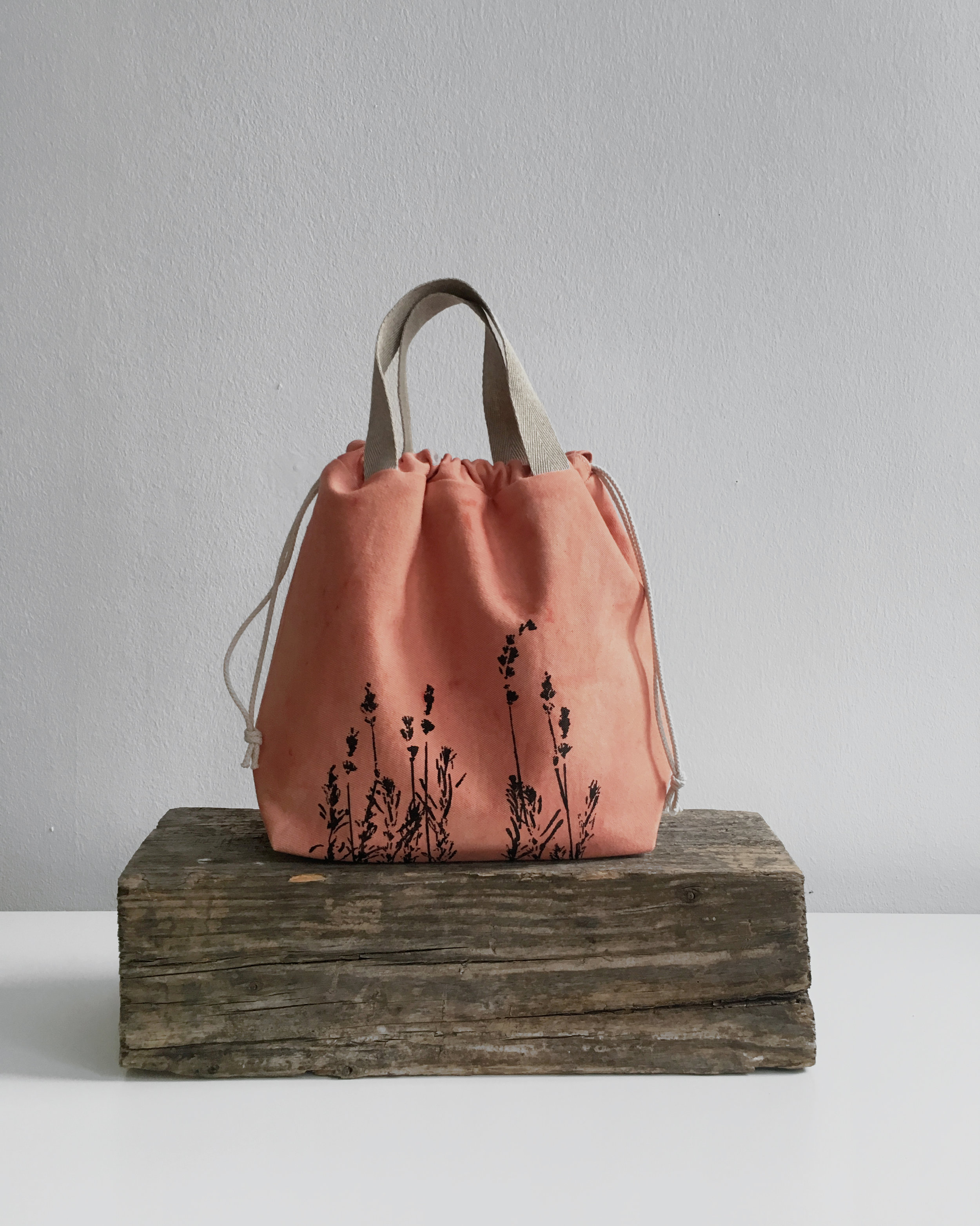 These project bags for knitters are 100% vegan, sustainable and fair - SHOP UPDATE