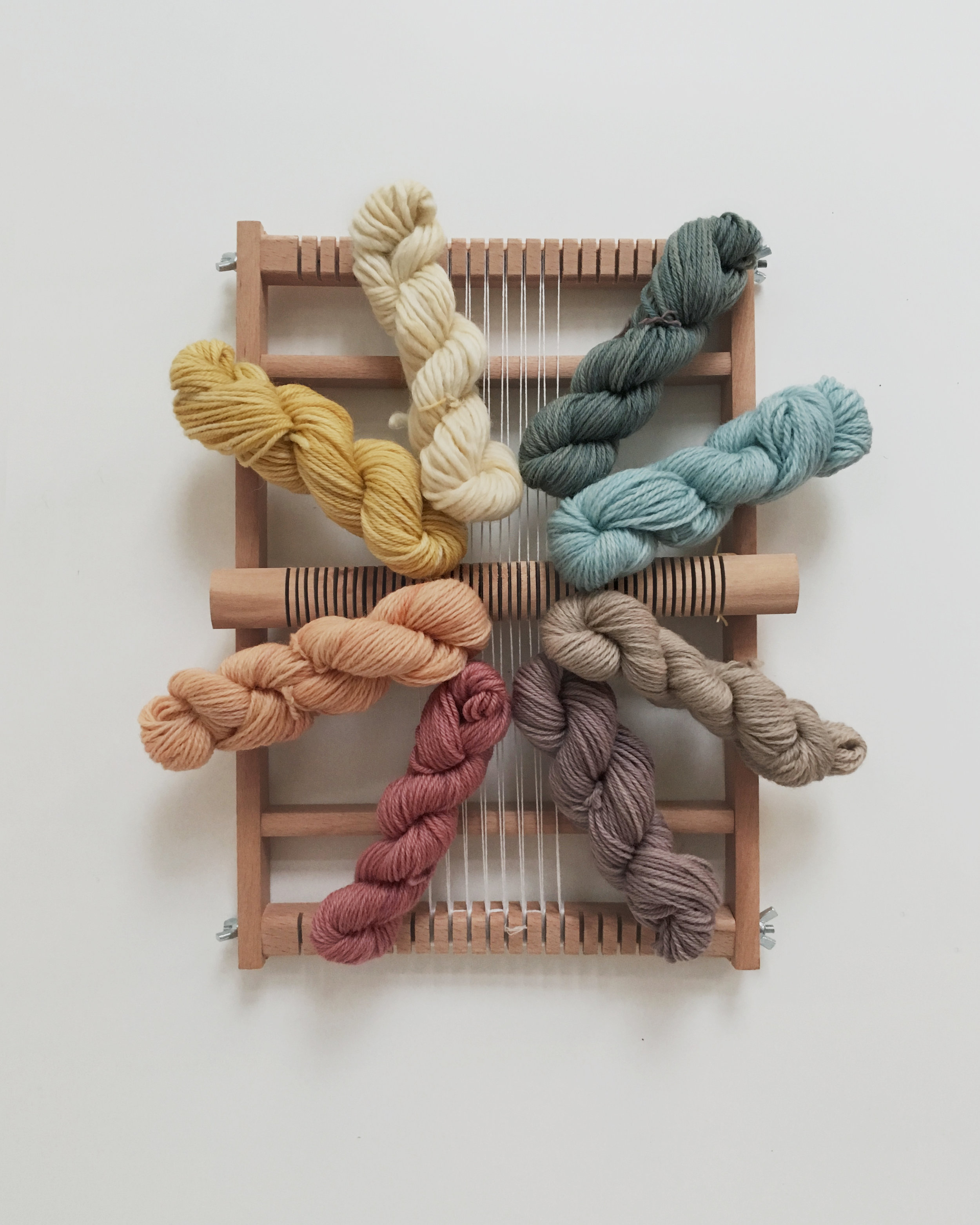Loom and yarn kits for beginner weavers. Handcrafted in Germany. All yarns dyed with local plants.