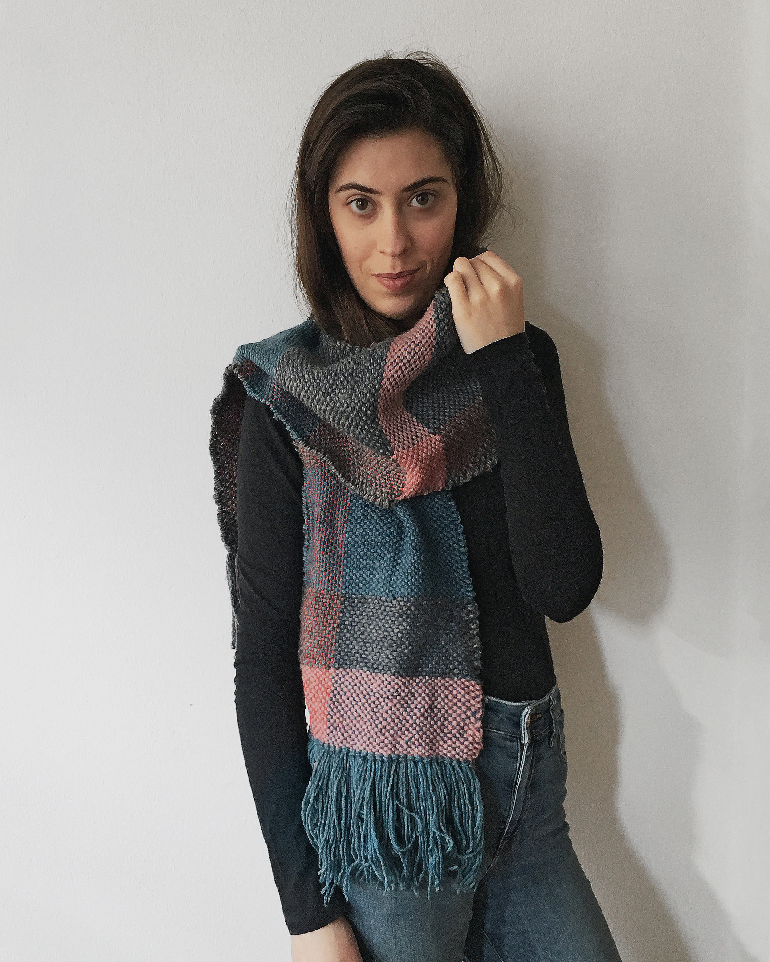 Frame loom weaving: I made this beautiful handwoven scarf on a lap loom!