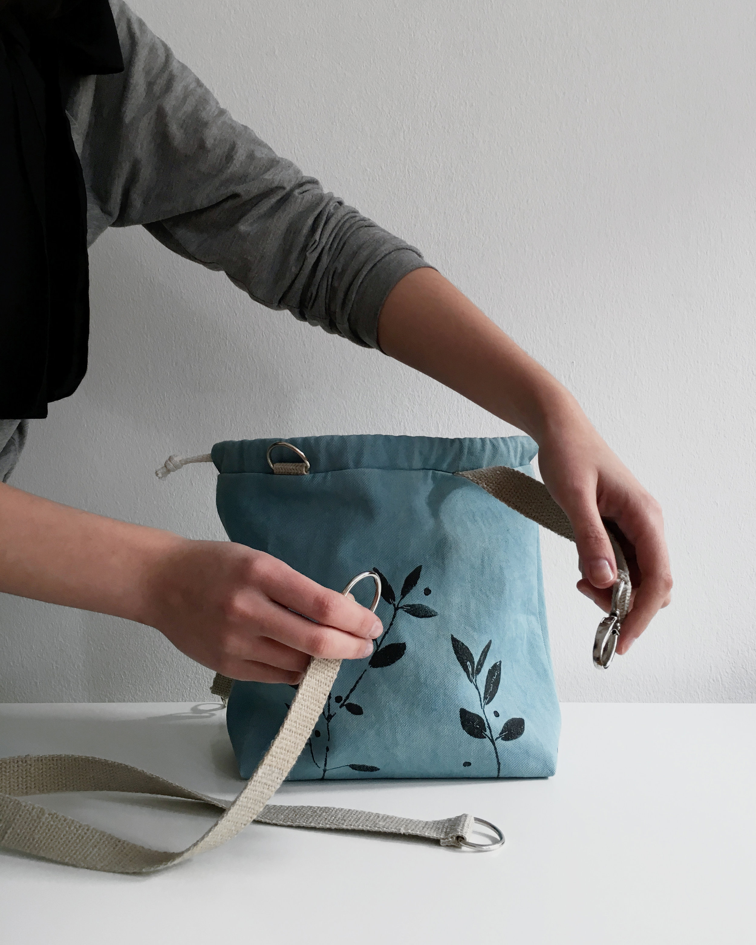 Dyed with local plants or kitchen waste, all made by hand in Berlin #knittingbag #plantdyed #dyes