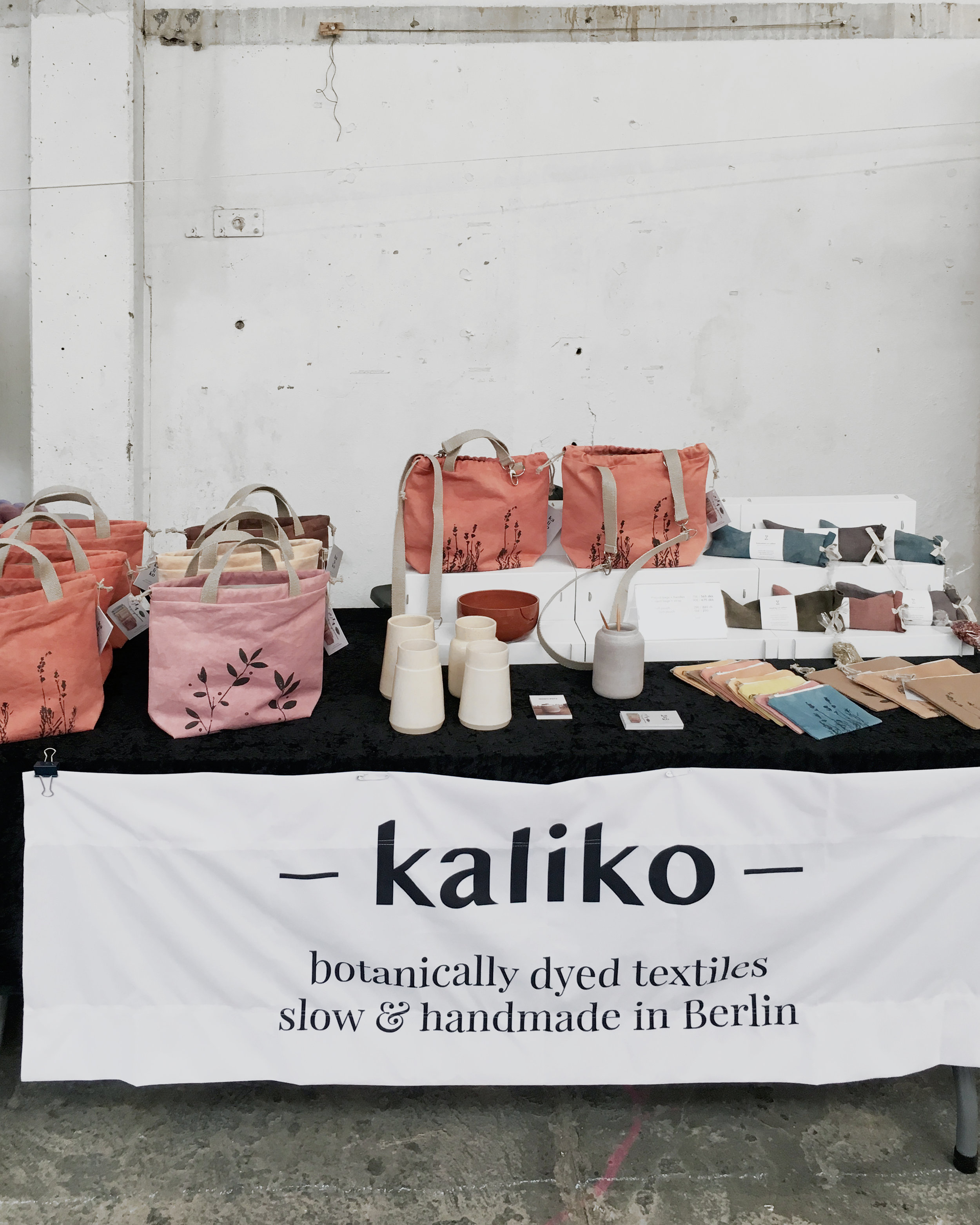 Kaliko botanical textiles at a craft fair in Roskilde, Denmark #textiles #bags #handmade #plantdyed
