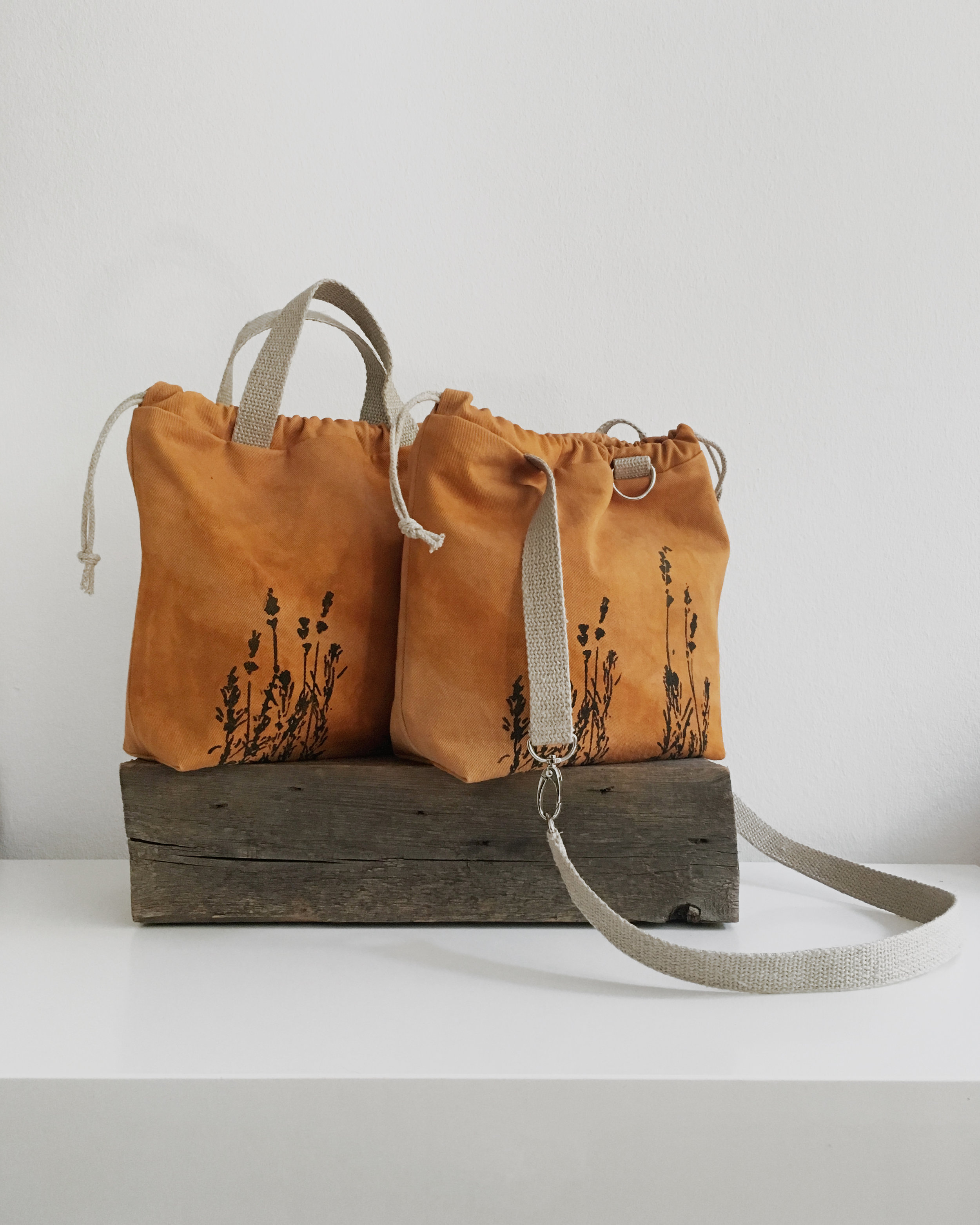 This rusty orange project bag was dyed with madder root and then overdyed with marigolds