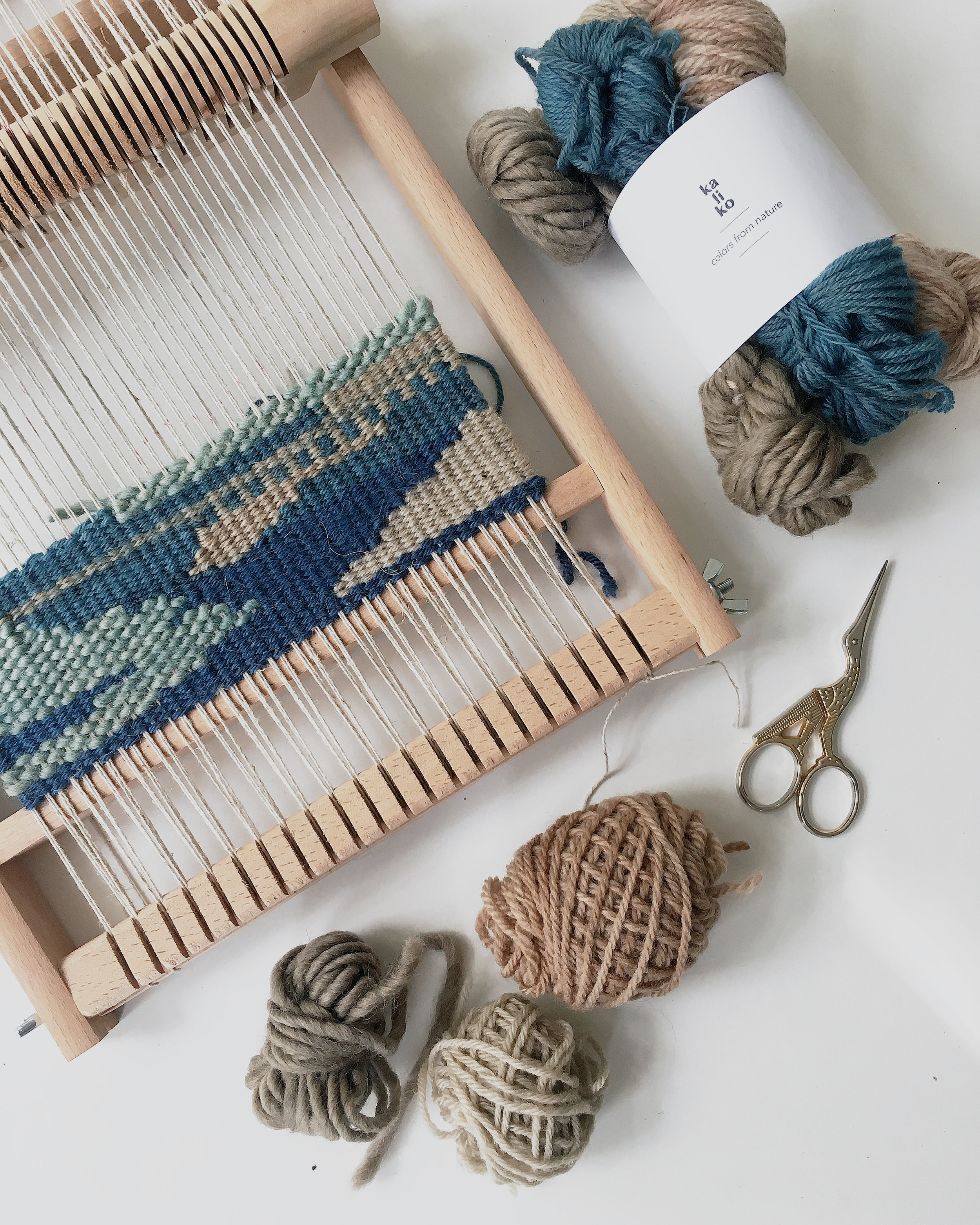 Free weaving this weekend. No rules no plan no expectations, just weaving!