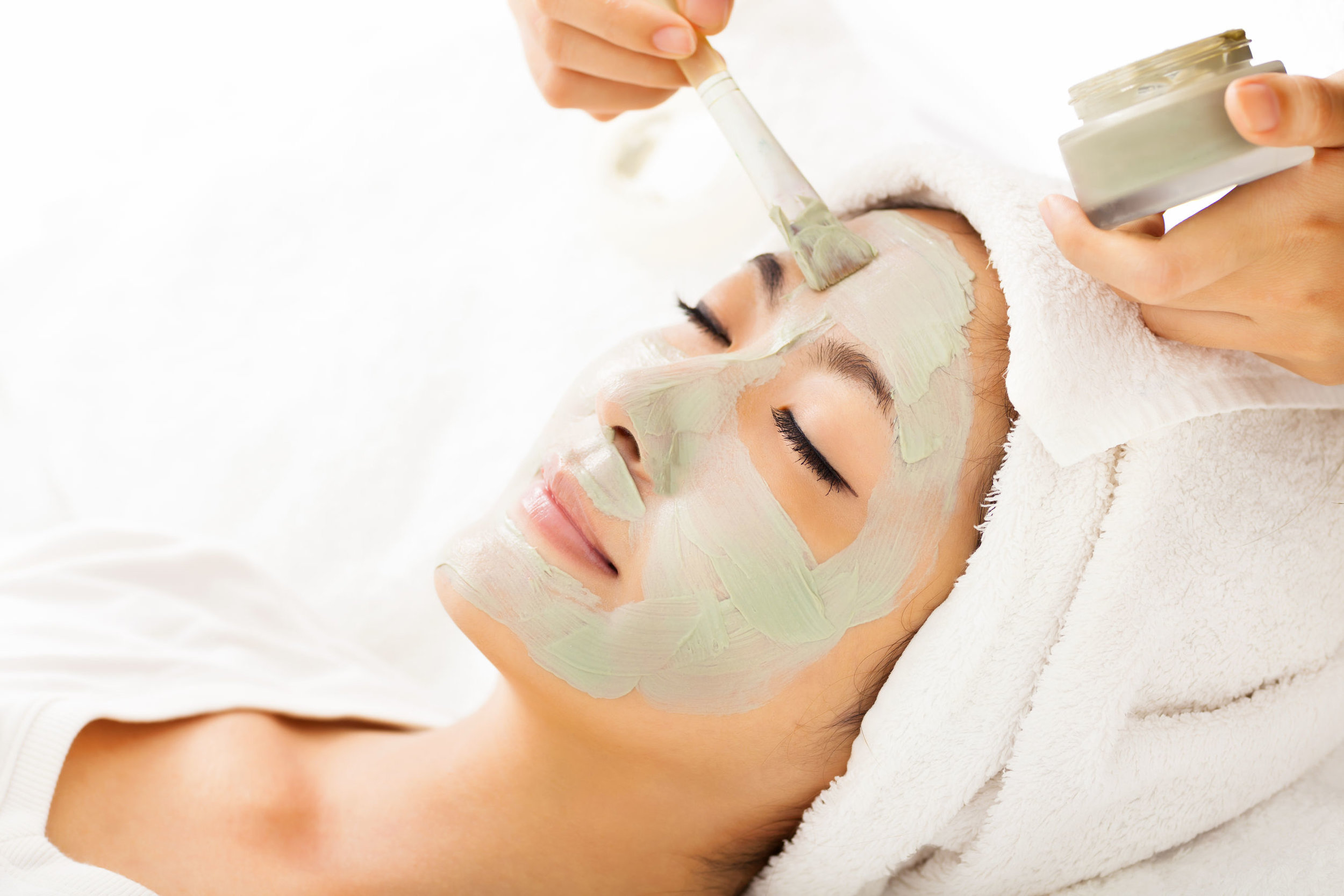 Healthy & beautiful skin for any age. - Personalized facial treatments suitable for men and women. Using only professional products that are scientifically formulated to gently stimulate, firm and tighten skin, promote an even skin tone and clear complexion leaving your skin radiant and glowing.