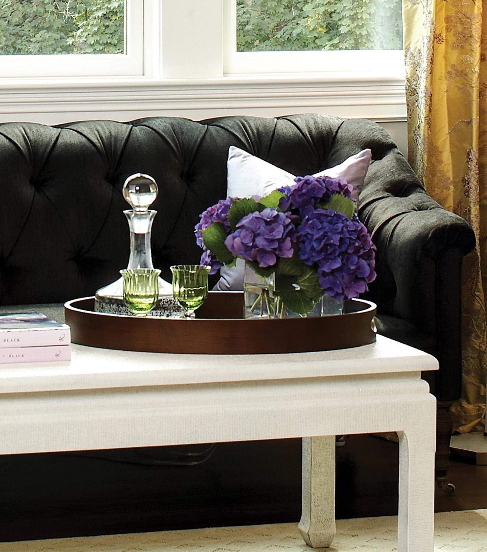 hampton09_sofa_close.jpg