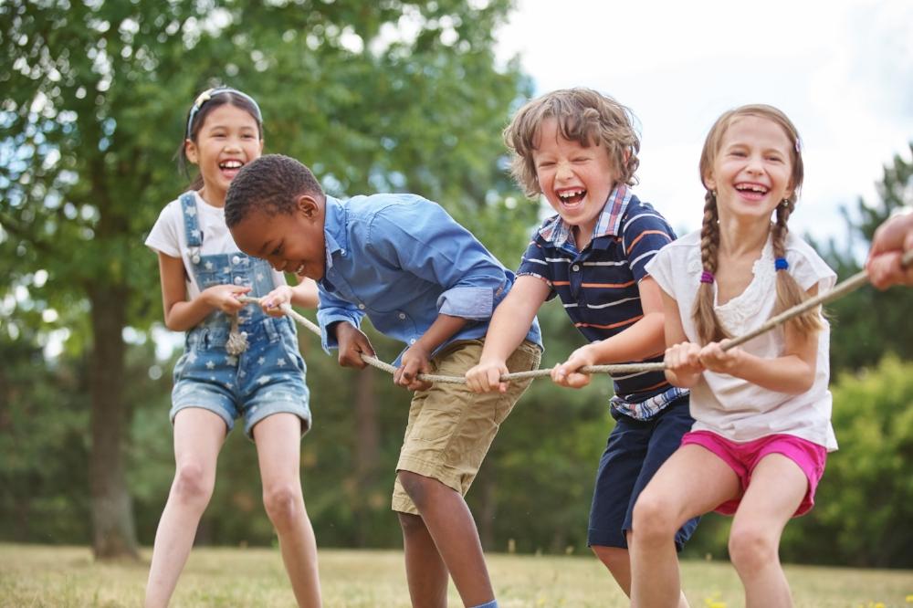 criancas-brincando-saudaveis-pediatra-brasilia