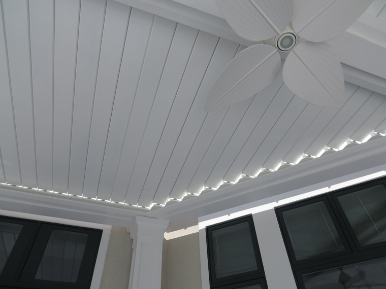 The louvers can be fully closed for complete protection from rain or sun,