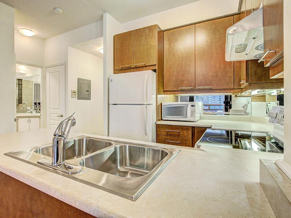 1-Kitchen-3.jpg