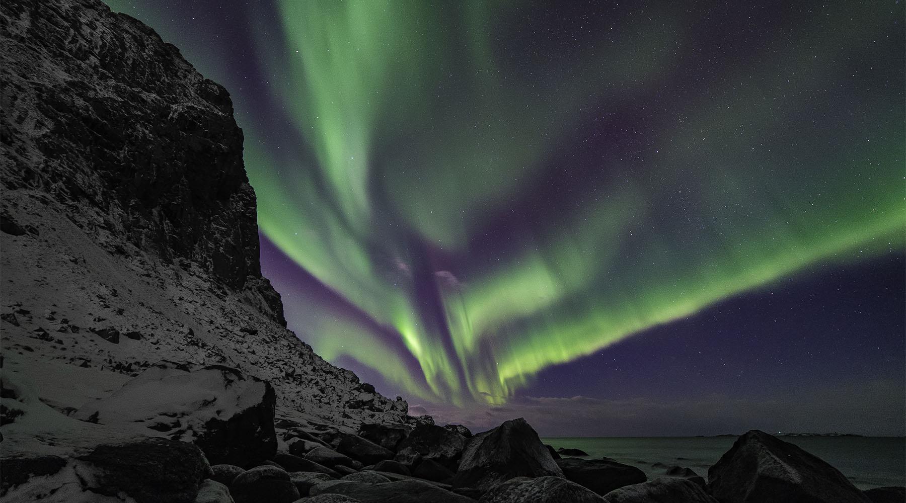 Northern Lights from Uttakleiv Beach -Lofoten Islands, Norway