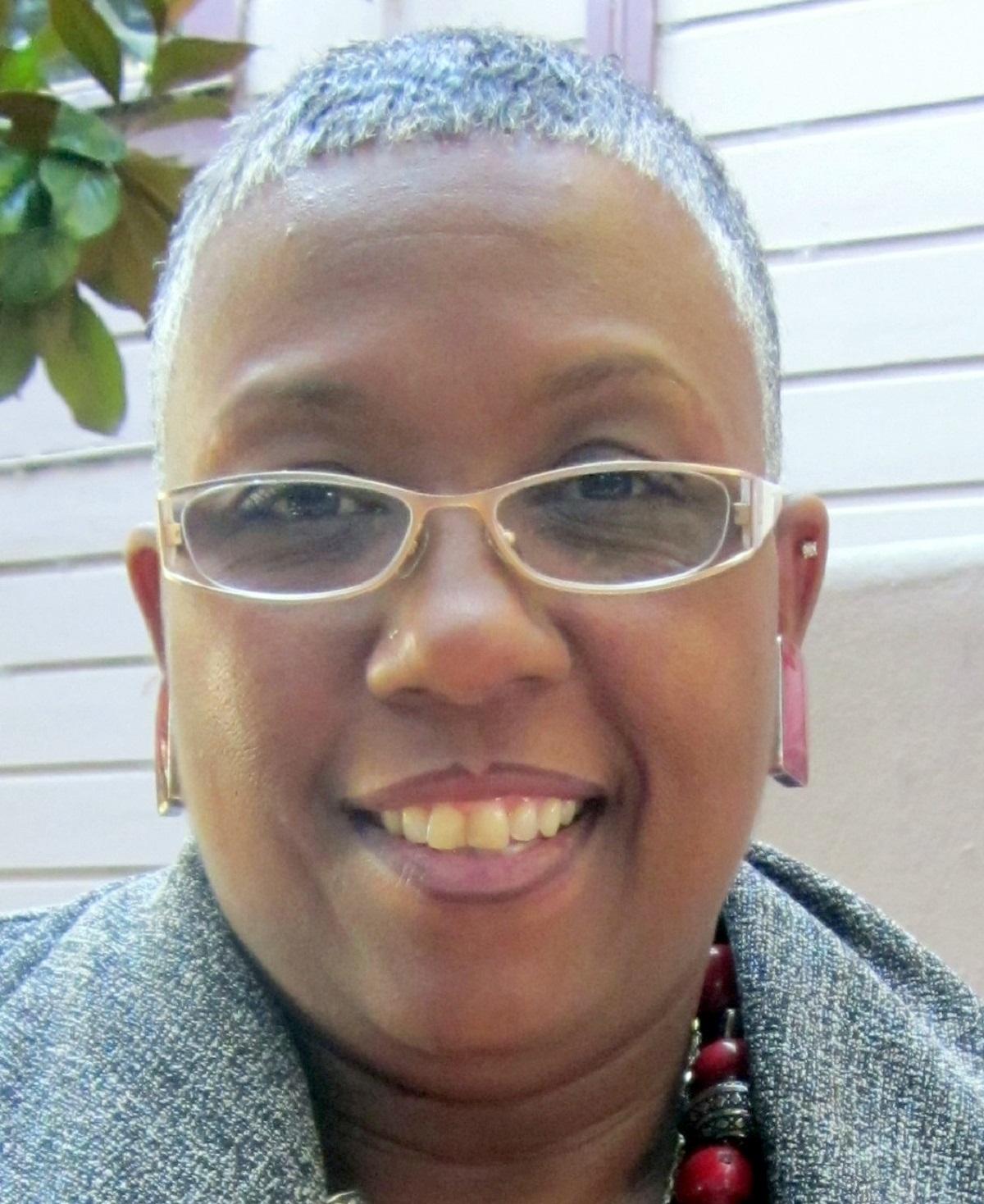 Liz Jackson Simpson    Success Center SF    LinkedIn