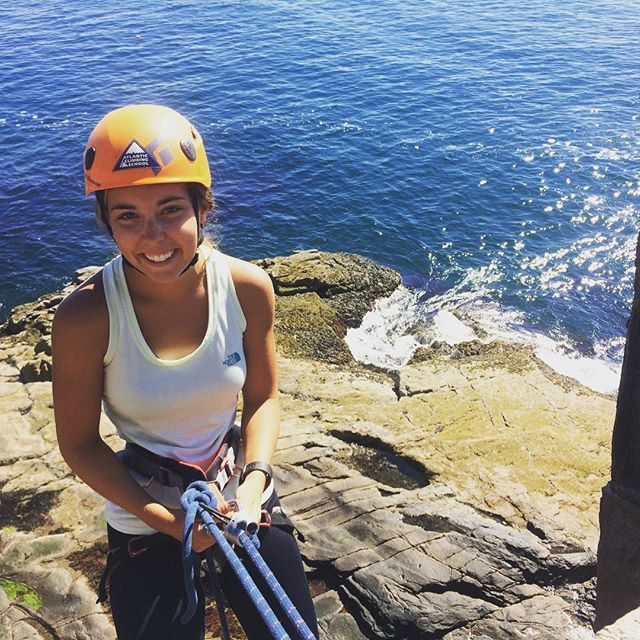 It never gets old! I love @acadianps so much! Great morning today with bluebird skies and dry granite! Taylor had never worn a harness before today and during our half day climb she rappelled and climbed five pitches. Learned how to give a lead belay, clean gear and tie in with a figue eight knot! A perfect morning at #ottercliffs #atlanticclimbingschool #climbacadia #climbmaine #climbing_pictures_of_instagram #acadia